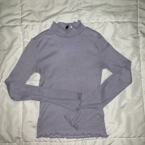 Lavender H & M fitted top